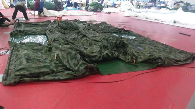 数码迷彩充气帐篷3